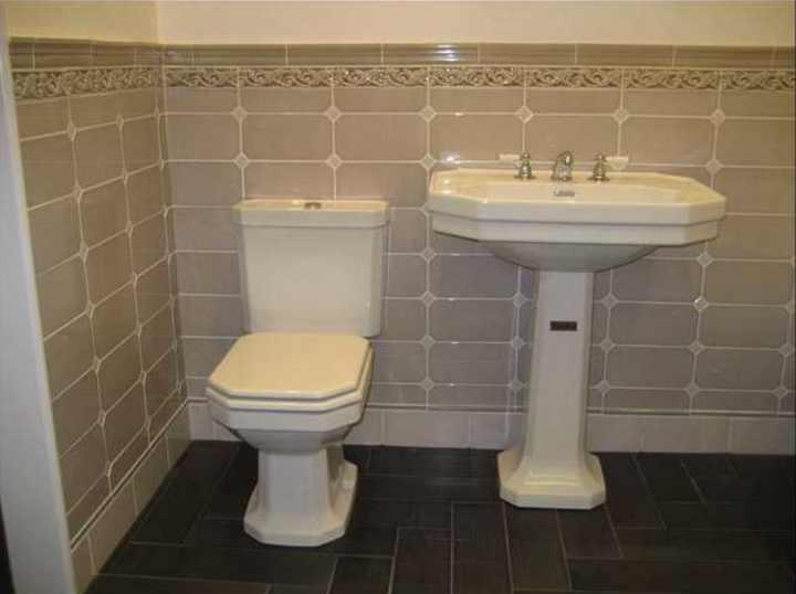 alte wandfliesen altfliesen alte badezimmer alte. Black Bedroom Furniture Sets. Home Design Ideas