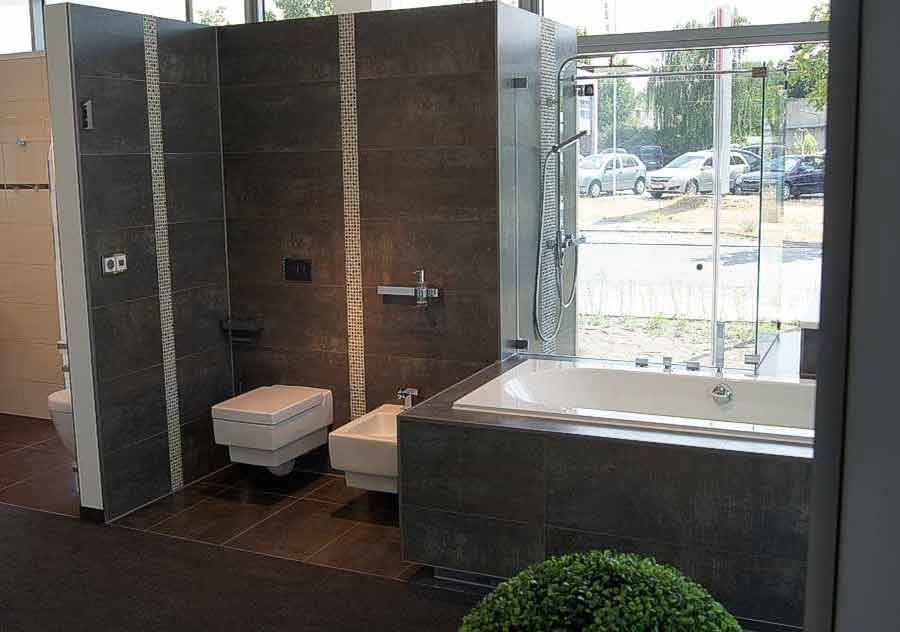 badausstellung kiel kiel neuer ffnung b derwelten neum nster andreas paulsen badsanierung. Black Bedroom Furniture Sets. Home Design Ideas