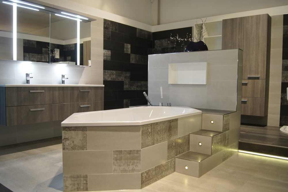 sanit rausstellung badausstellung fliesenaustellung fliesen potsdam. Black Bedroom Furniture Sets. Home Design Ideas