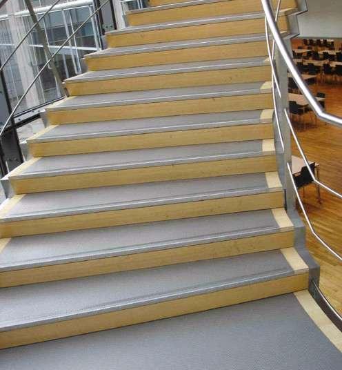 treppenstufen edelstahl treppe edelstahlstufen metalltreppen edelstahltreppen berlin potsdam. Black Bedroom Furniture Sets. Home Design Ideas