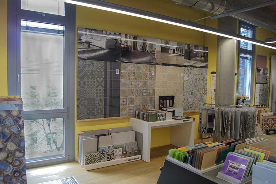 fliesen ausstellung berlin naturstein berlin fliesenmarkt. Black Bedroom Furniture Sets. Home Design Ideas