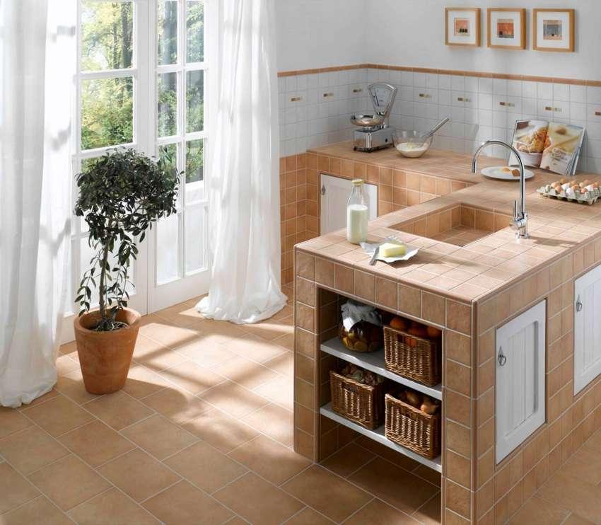 Waschtisch selber bauen arbeitsplatte  Arbeitsplatte fliesen, Waschtisch Fliesen, geflieste ...