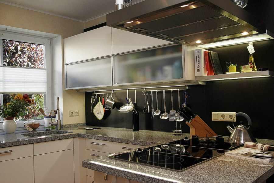 Arbeitsplatte kuche preiswert for Gunstige arbeitsplatten