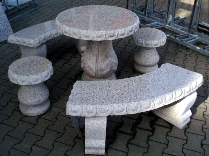 Granit sitzgruppe for Gartengestaltung granit