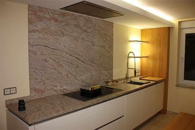 Küche statt fliesenspiegel  Fliesen Küche, Gestaltung Küchenfliesen, Mosaik, Naturstein für ...