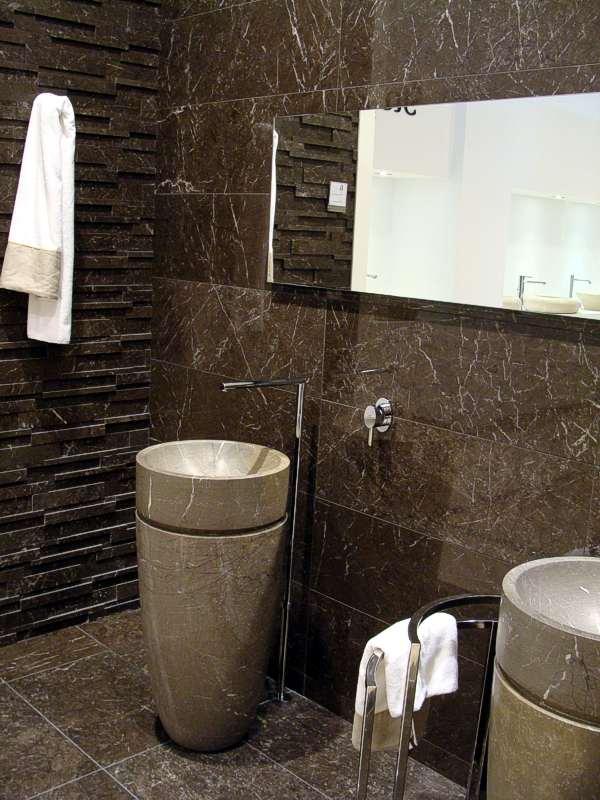 marmor marmorfliesen marmor fliesen stein marmor. Black Bedroom Furniture Sets. Home Design Ideas