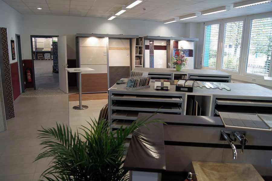 Fliesen parkett laminat vinyl designbel ge bambus parkettboden potsdam babelsberg berlin - Badausstellung potsdam ...