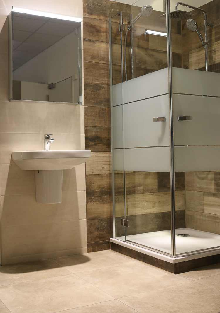 feinsteinzeug fliesen holzoptik. Black Bedroom Furniture Sets. Home Design Ideas