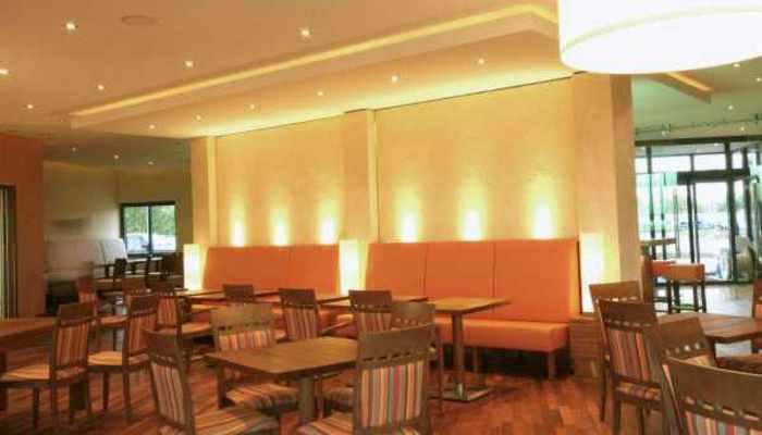 wandgestaltung restaurant die neuesten innenarchitekturideen. Black Bedroom Furniture Sets. Home Design Ideas