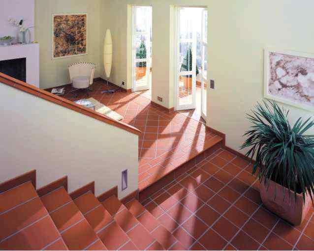 treppenfliesen fliesen treppe stufenplatten. Black Bedroom Furniture Sets. Home Design Ideas